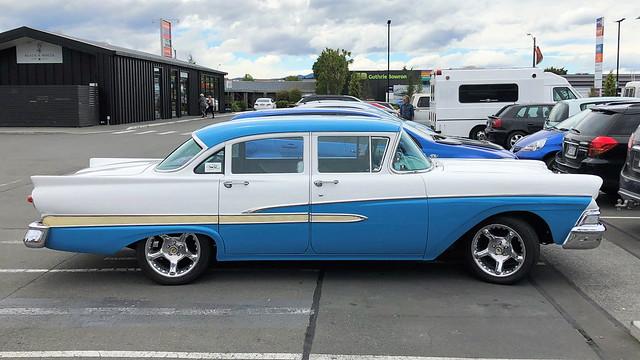 1958 Ford Custom (1)
