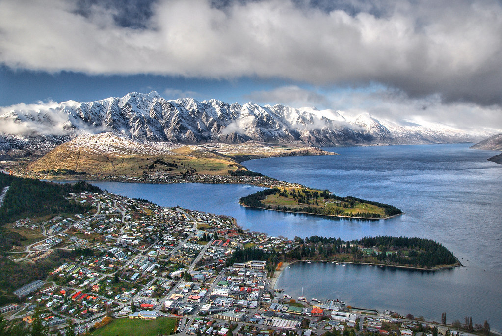 Queenstown. Lake Wakatipu.