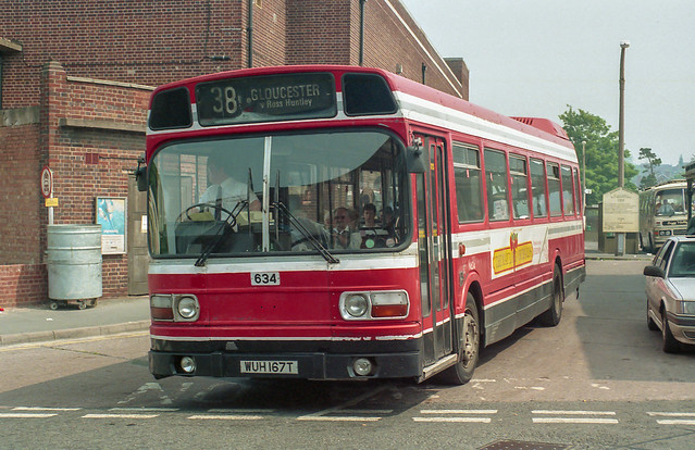 Red & White WUH167T Hereford 22nd May 1992