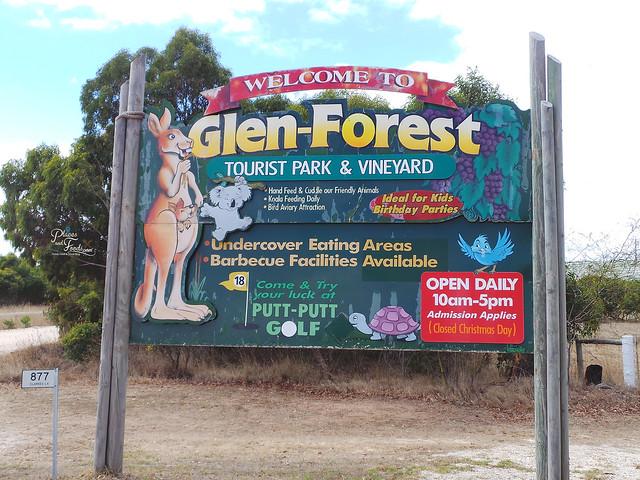 Glen Forest Tourist Park & Vineyard Australia