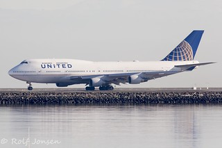 N175UA Boeing 747-400 United Airlines San Francisco Airport KSFO 27.10-17