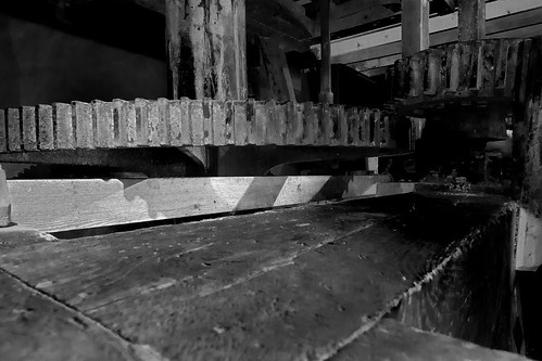arch carrew mill_005_BW_27-06-11 | by lester204