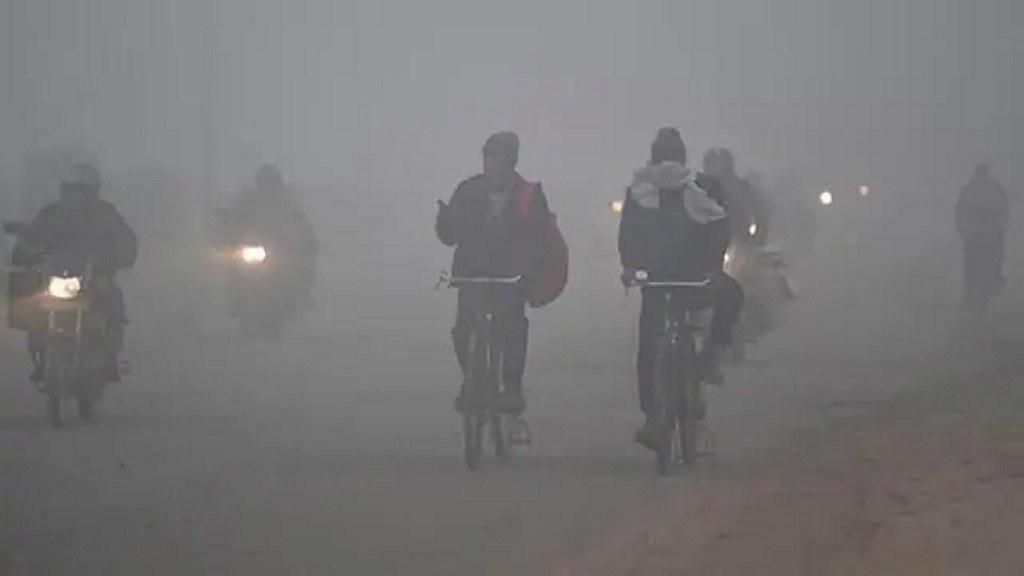 तेज हवाओं के चलते दिल्ली के मौसम में बनी रहेगी ठंड