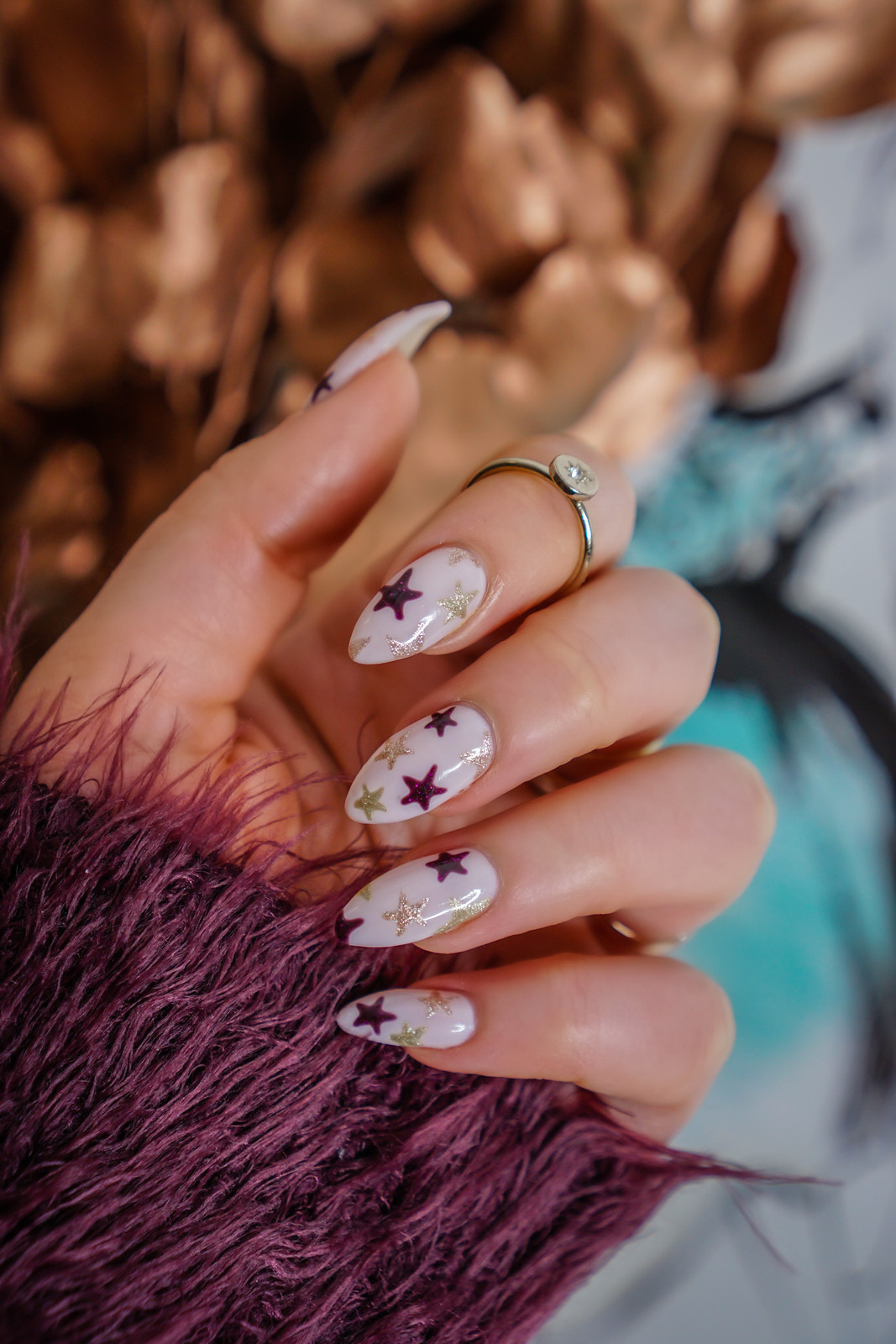 Manicure of the Month: Sparkly Star Nails | Star Manicure | Gold Rose Gold & Burgundy Stars | Pink Star Mani | Almond Shape Nails | UV Gel | Hard Gel | Nail Art Inspiration | Nail Design