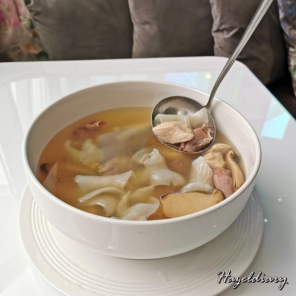 Mitzo CNY 2021-Double Boiled Fish Maw Soup with Mushroom, Chicken and Prosciutto di Parma Ham