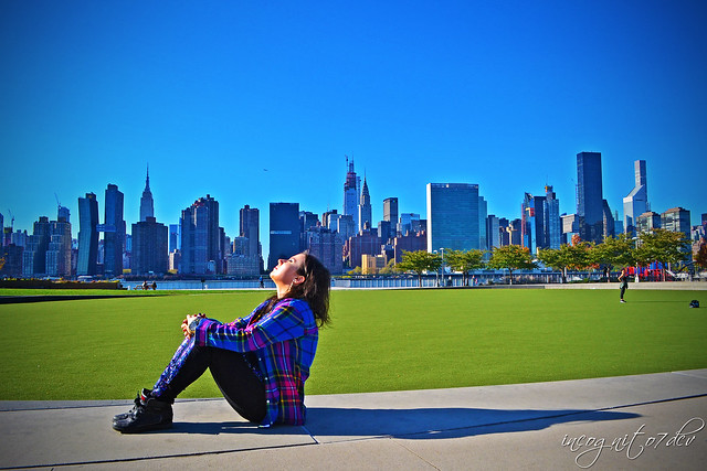 Me & Midtown Manhattan Skyline View from Hunter's Point South Park Long Island City Queens New York City NY P00778 DSC_2416