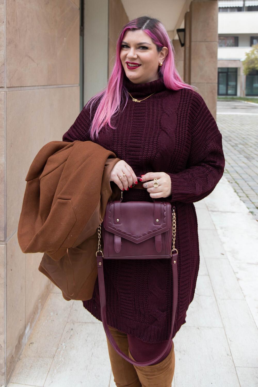 Outfit lavoro curvy plus size maglione stivali al ginocchio  (6)