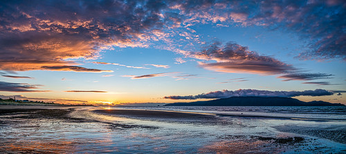 <p>.... some of the best sunsets in NZ take place on this beautiful coast</p>