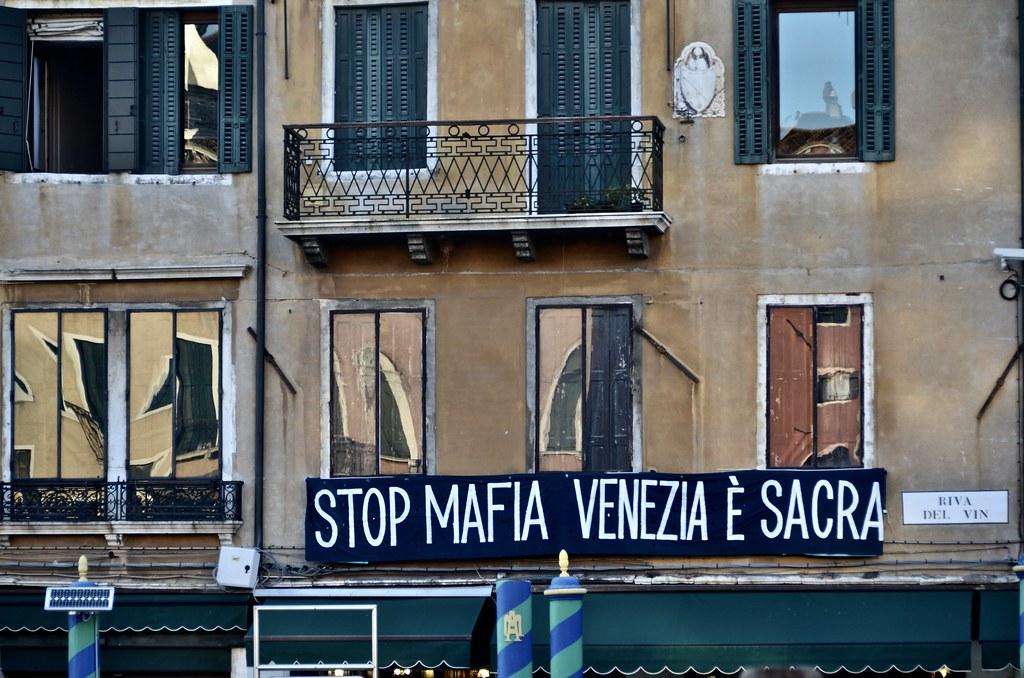 stop mafia Venezia