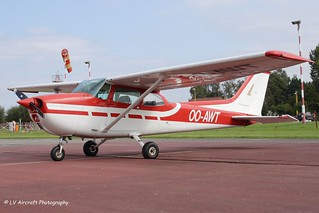 OO-AWT_Reims Cessna F-172M Skyhawk_Aero Club Grimbergen_red cs