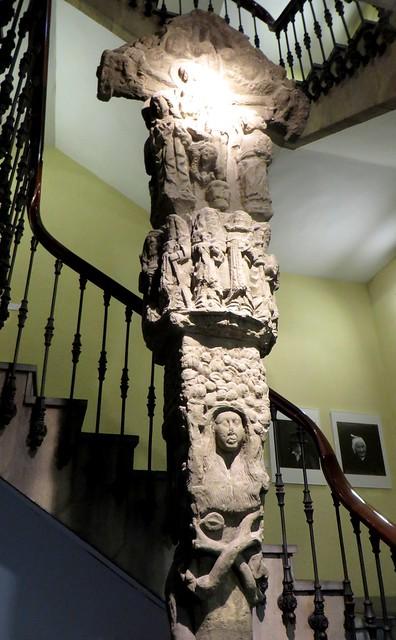 Cruz de Kruziaga, XVe, calvaire, musée basque, plaza Miguel de Unamuno, Bilbao, Biscaye, Pays Basque, Espagne.