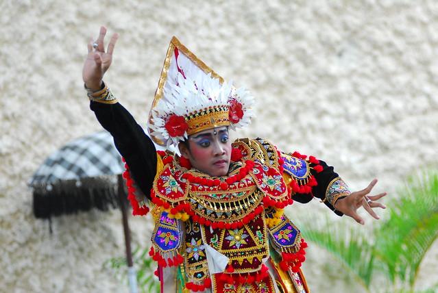 035 Indonesia Bali Dancers