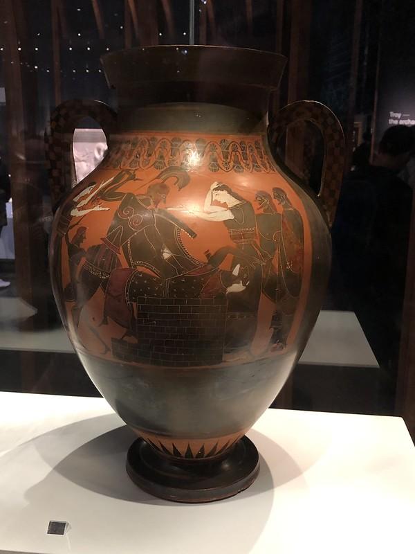 Neoptolemus kills Priam and Astyanax