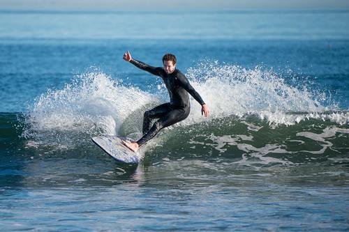 socal sonysel100400gmfe100400mmf4556gmoss surf surfer malibu surfriderbeach pacific sonyα7riii a7r a7riii alpha ilce7rm3 pacificocean sel100400gm sony sonyalpha southerncalifornia beach ocean supertelephoto telephoto water zoom california unitedstates