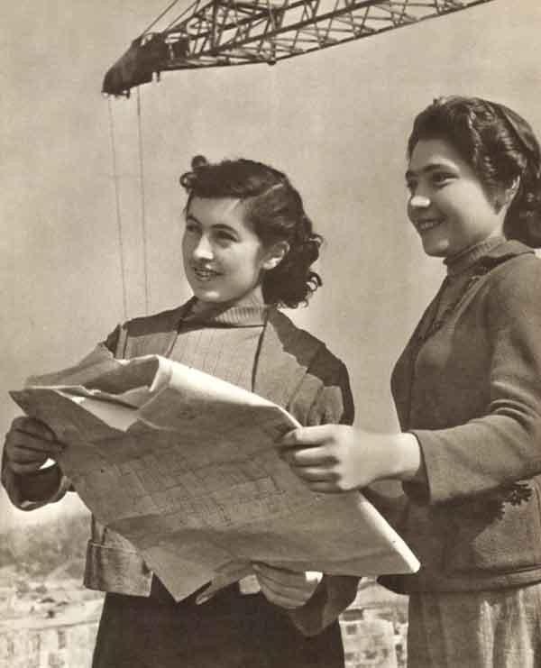 Из серии «Рабочая краса или как выглядели рабочие девушки в СССР». Часть 6 39