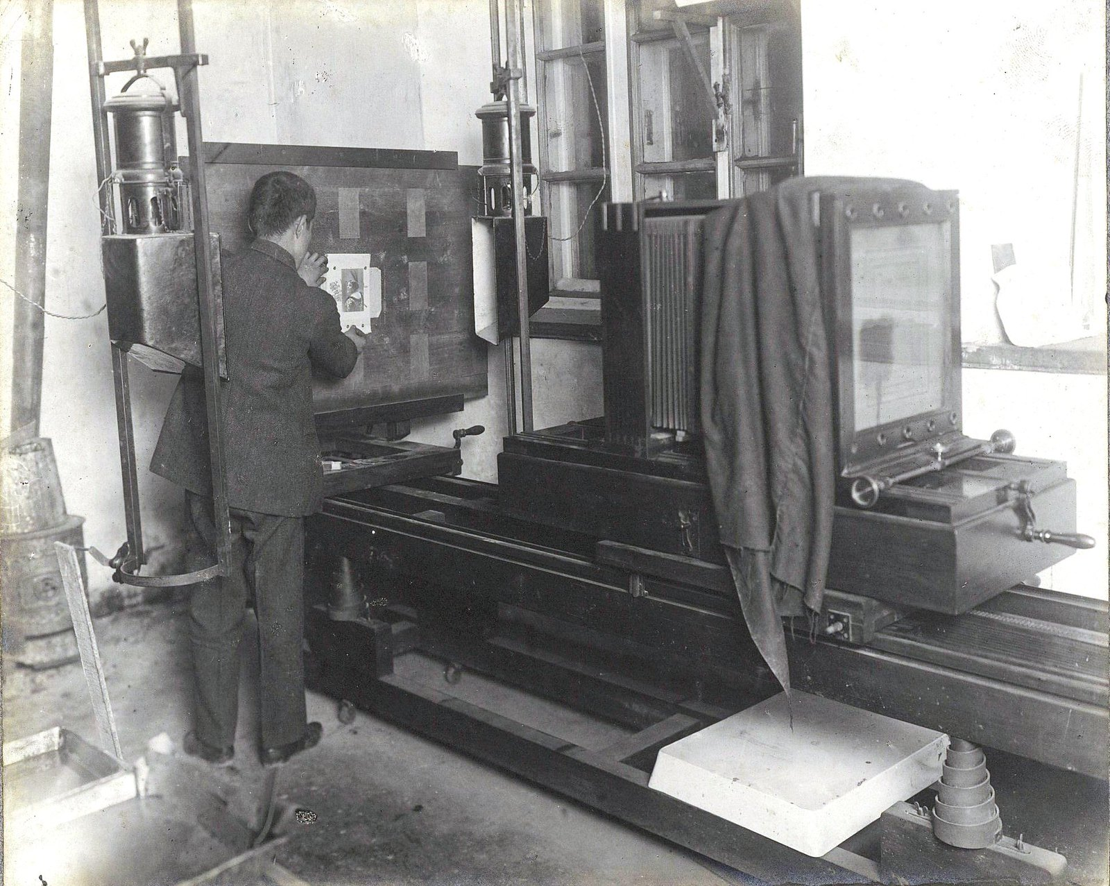 08. Рабочие и служащие печатной мастерской