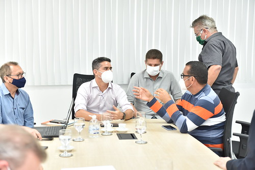 20-01-2021 Empresas e rodoviários entram em acordo após reunião com prefeito David Almeida