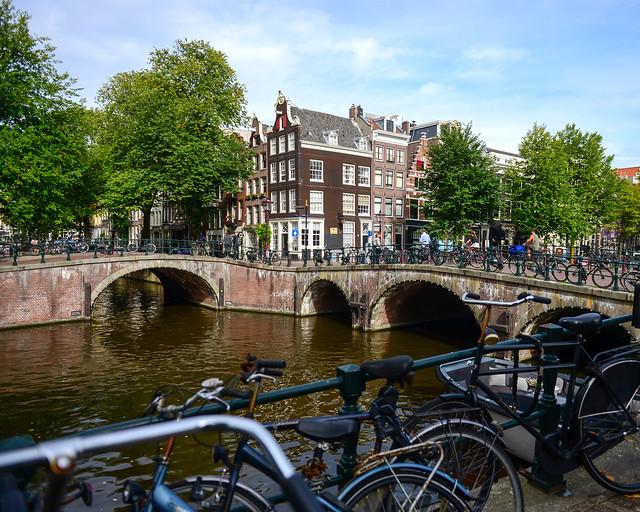 Leliegratch, en Amsterdam