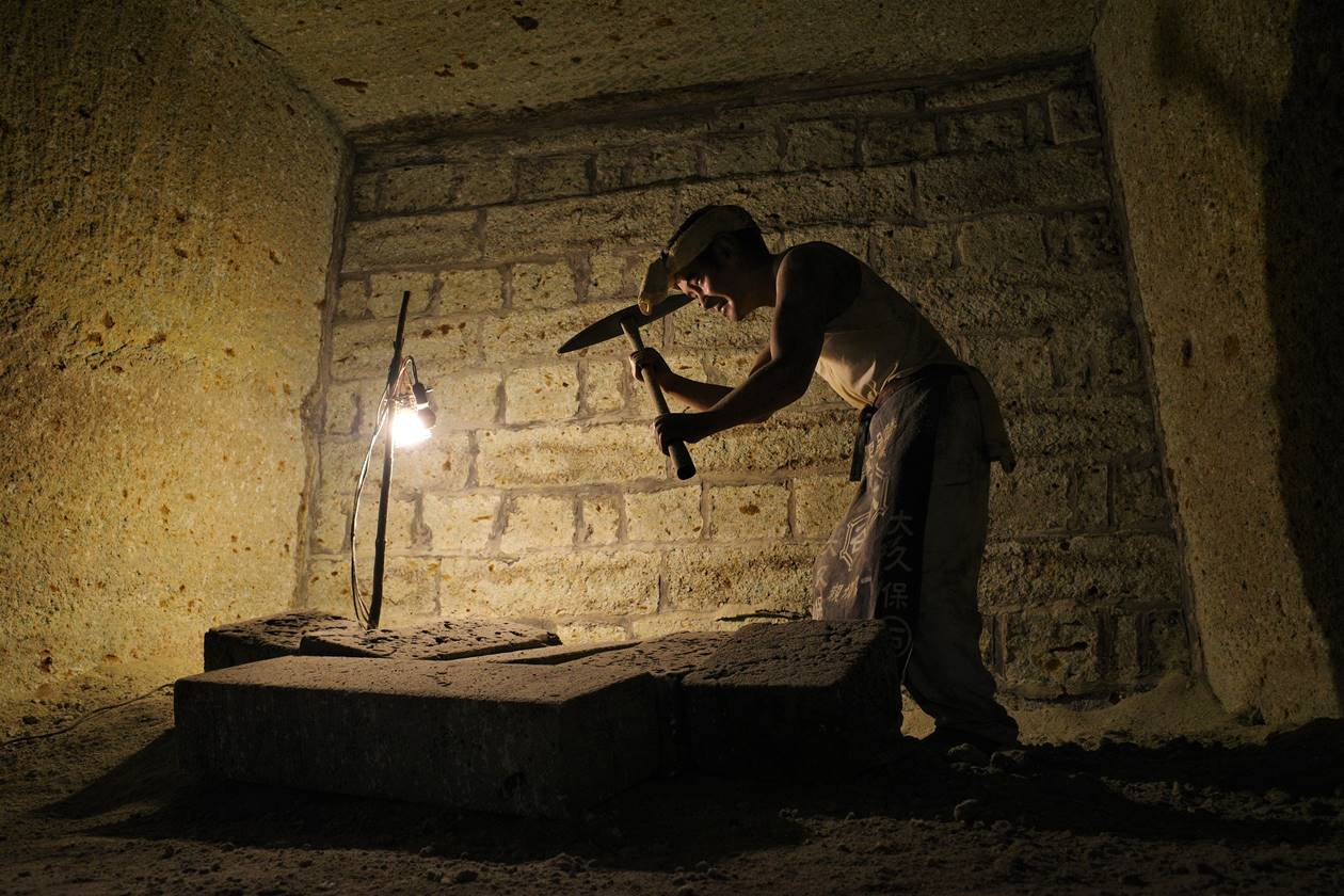 大谷資料館 採掘者の人形