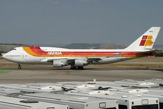 TF-AMA. B-747/400. Iberia. MAD.