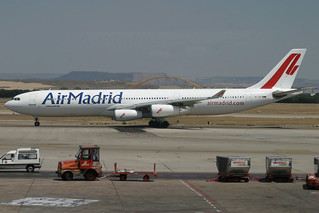 EC-JIS. A-340/300. Air Madrid. MAD.