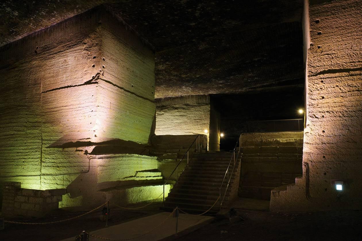 大谷資料館 神秘の巨大地下神殿