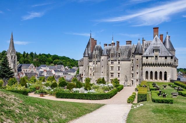 La façade arrière du château de Langeais, région Centre-Val de Loire, France