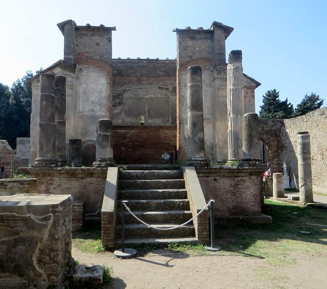 La cella, temple d'Isis, IIe siècle avant JC, Région VIII, Pompéi, Campanie, Italie.