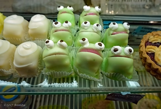 Frogs talking to me...:)