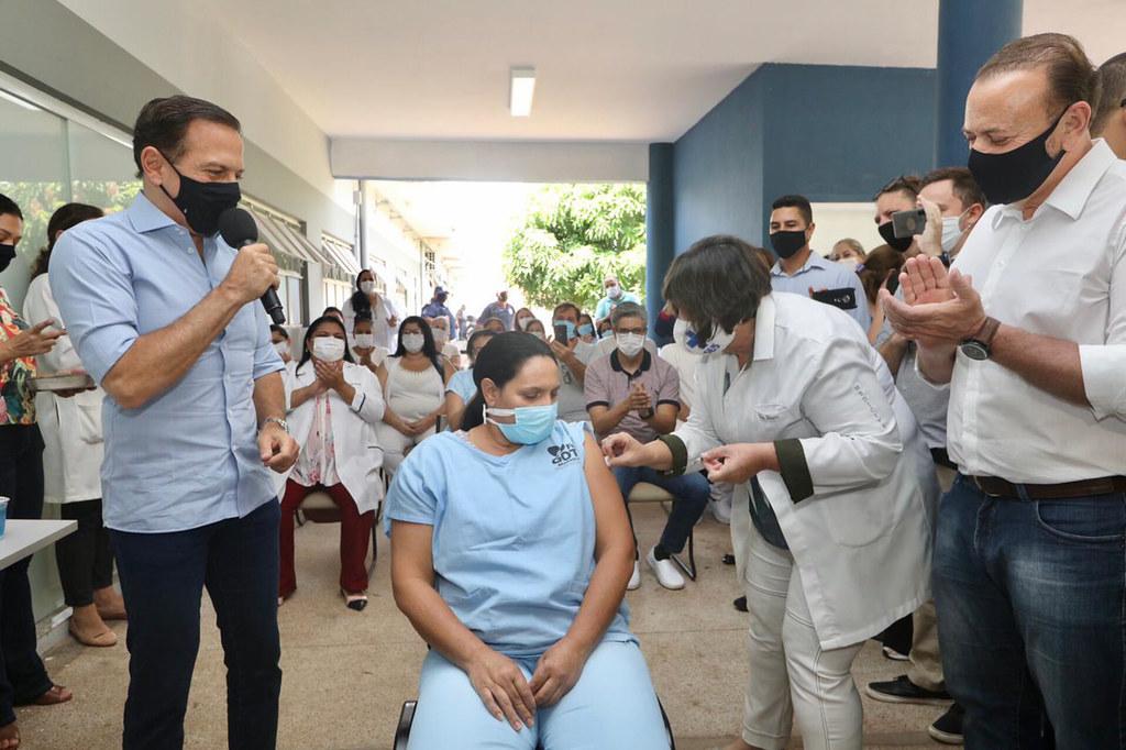 Governador João Doria acompanha o início da imunização em Araraquara