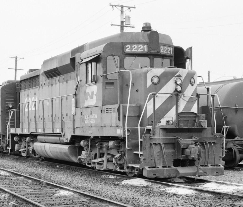 Burlington Northern EMD GP30 2221