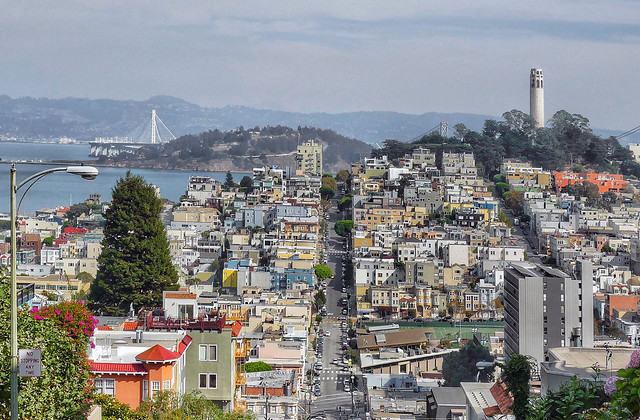 Lombard St and Coilt Tower.SF