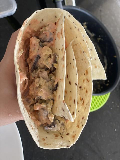 Burrito-wrap-folding-wrapping-hack.jpg