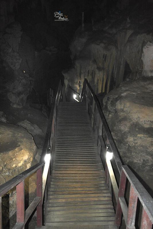 Thailand phu pha phet cave walkway