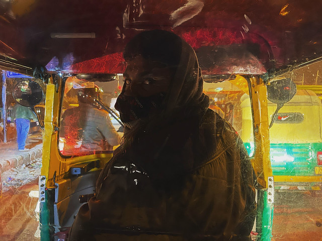 Mission Delhi - Lal Babu, On the Road