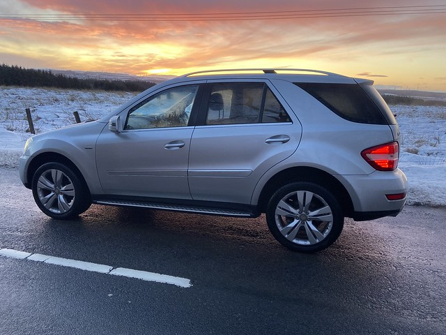 Mercedes Benz ML350Sport at sunrise