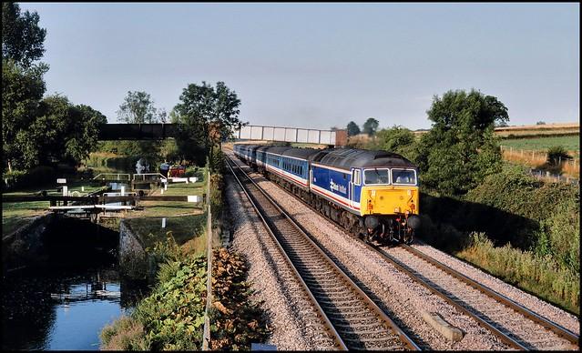 Little Bedwyn, NSE 47714 (06.46 Westbury - London Paddington) 01/08/89.