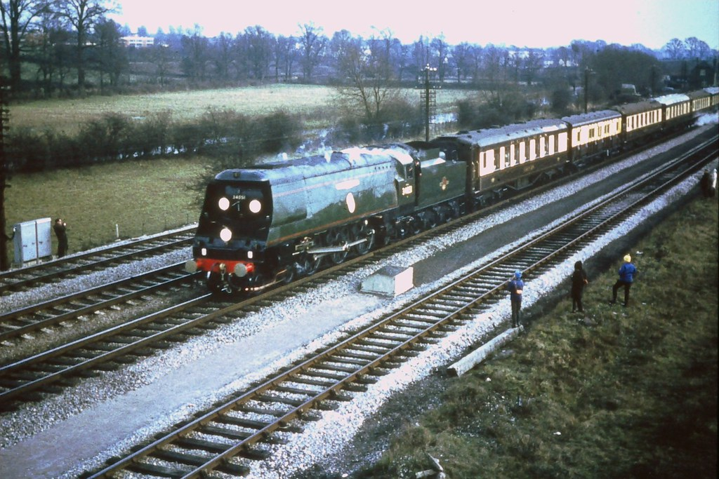 50862431231 521deea355 b - Rail trespassers of 1965