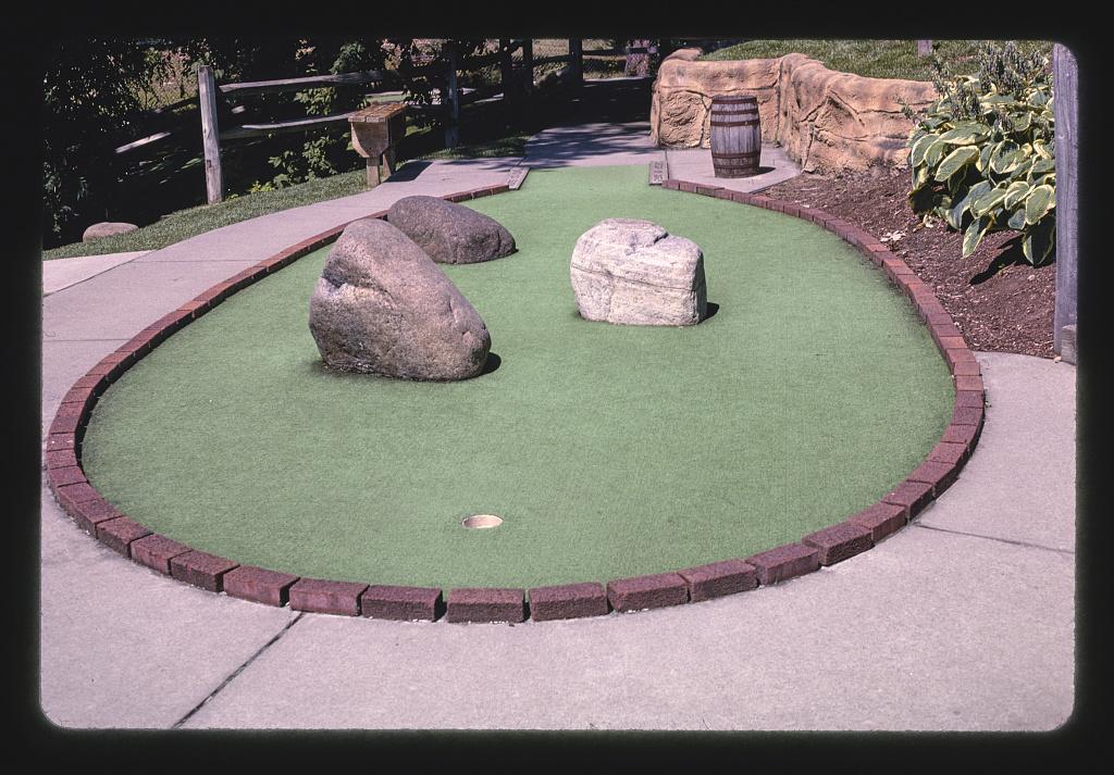 Circular hole, Pirate's Cove Adventure Golf, Queensbury, New York (LOC)