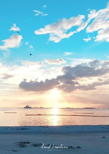 manilabay manilabaysands dolomite whitesand manilabaywhitesand sunset sea beach