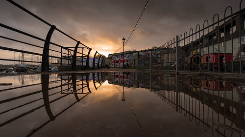 cornwall saltash sunset unioninn reflection weather pub railings landscape urban