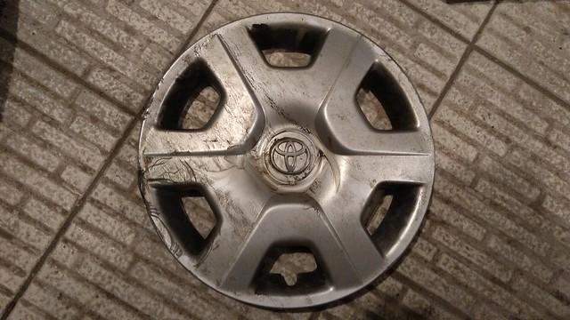 Toyota Yaris hubcap
