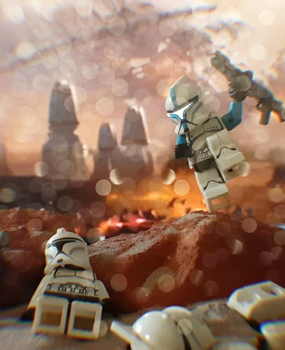 Carnage on GEONOSIS | by CreativBricks