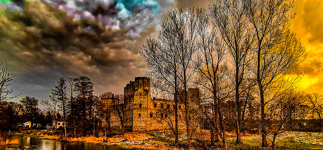 Castle in the black clouds