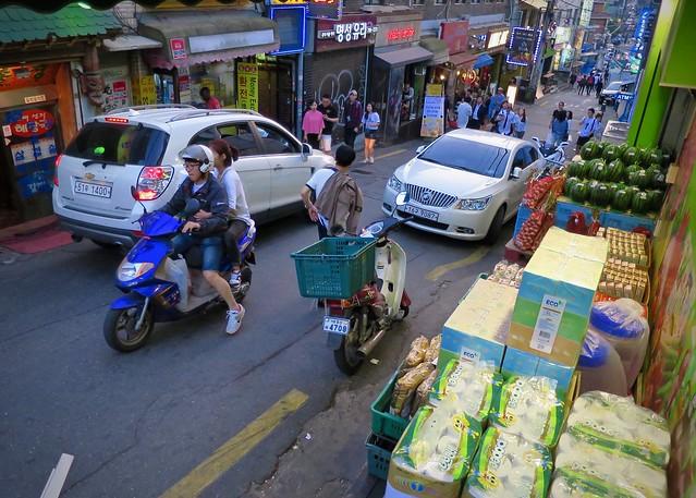 Bustling Itaewon