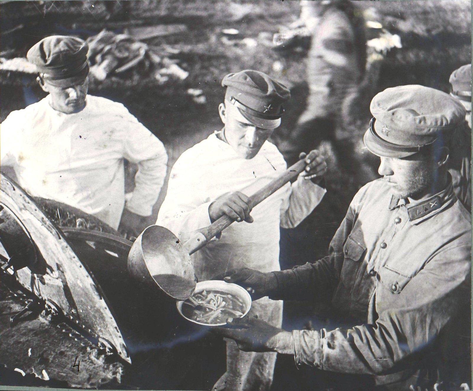 Николаев. В лагере Н-ского стрелкового полка