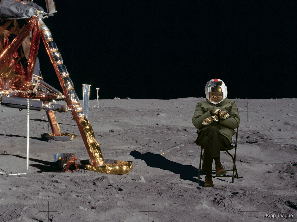just for fun - Bernie on the Moon, a closer view