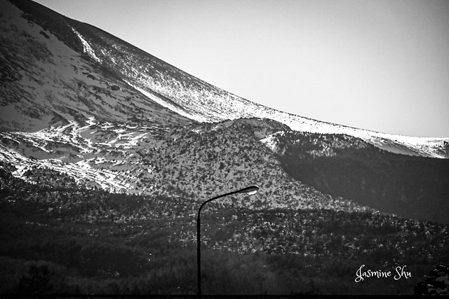 Snow Mountain and Solitary Lamp