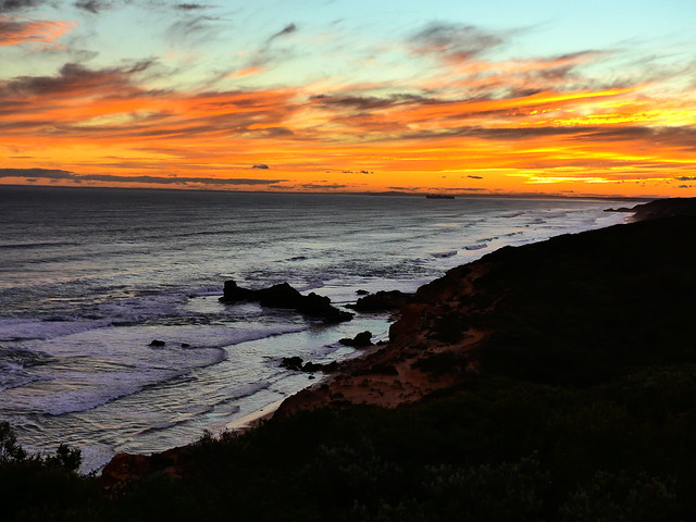 sunset sorrento back beach