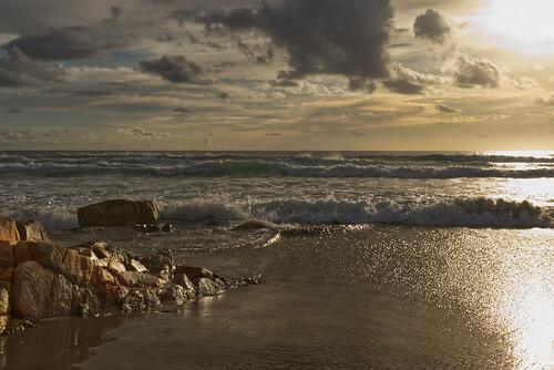 australia queensland coolum sunshinecoast canon landscape seascape sea sun sky clouds rocks sunrise